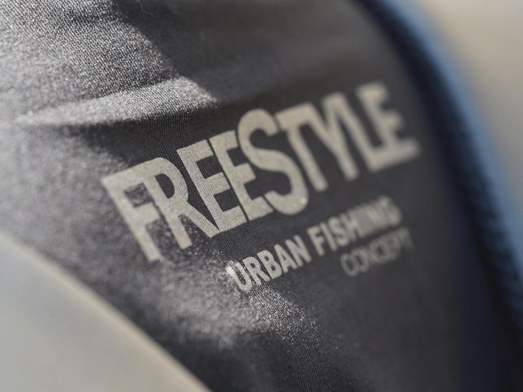 City T-Shirts - Freestyle 02