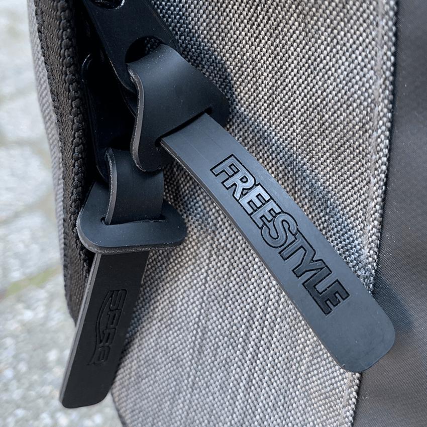 Backpack 22 - Rubber Puller
