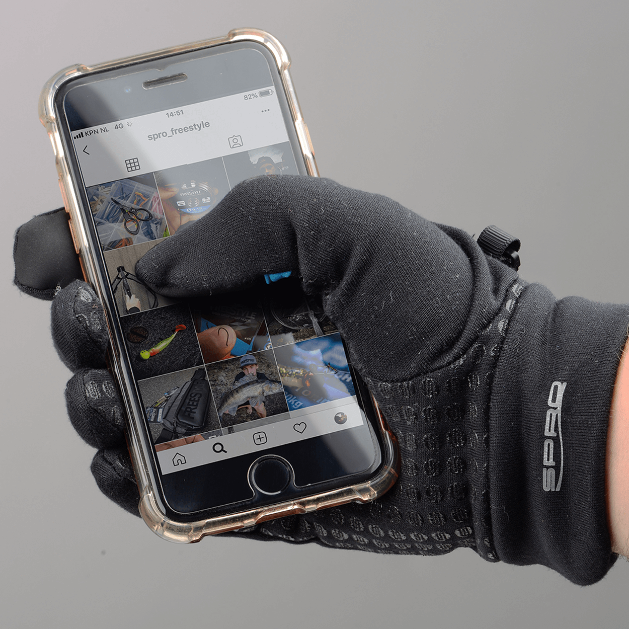 Shop Image - Touch Glove 04